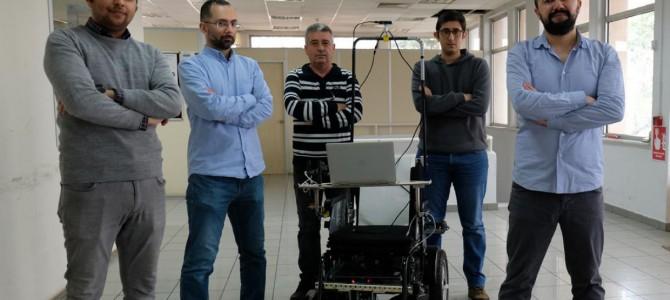 【話題・自動運転】イスタンブール工科大学、人工知能を備えた完全自律型車いすを開発